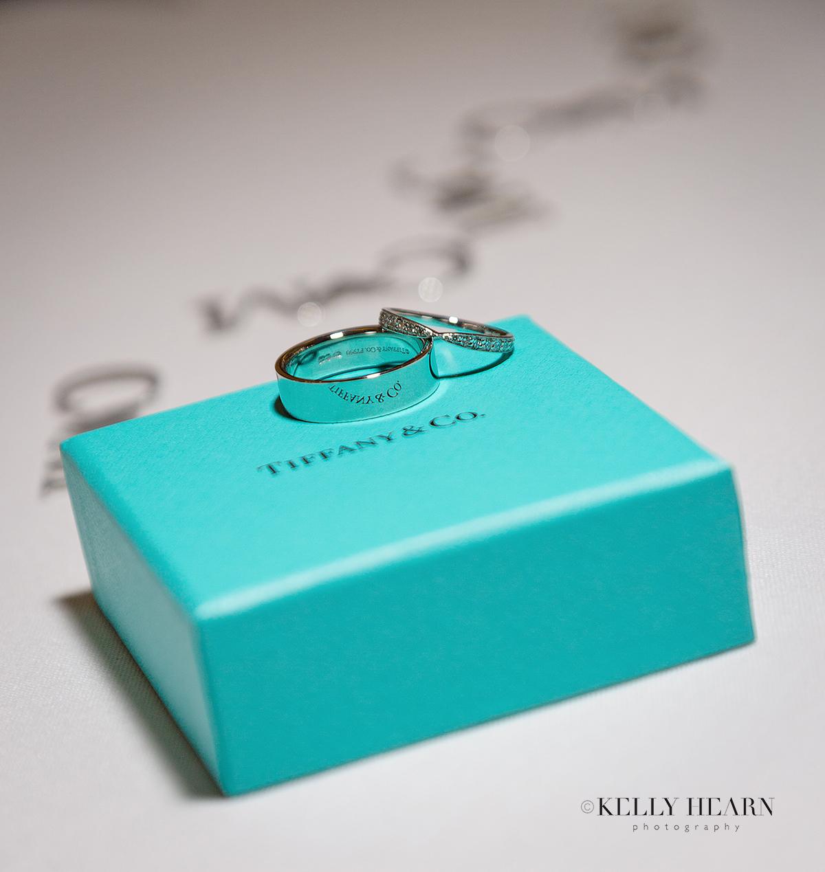 GRE_bride-and-groom-rings-and-ringbox.jpg#asset:2700