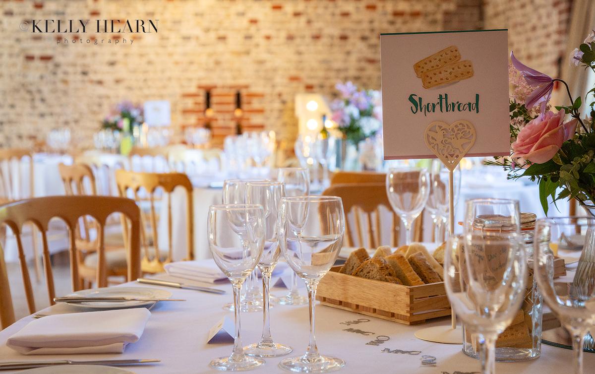 GRE_wedding-venue-table-decorations.jpg#asset:2708