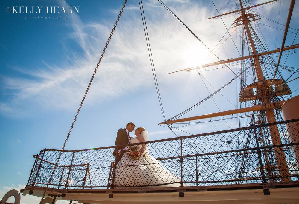 HAT_couple-on-board-ship.jpg#asset:1828