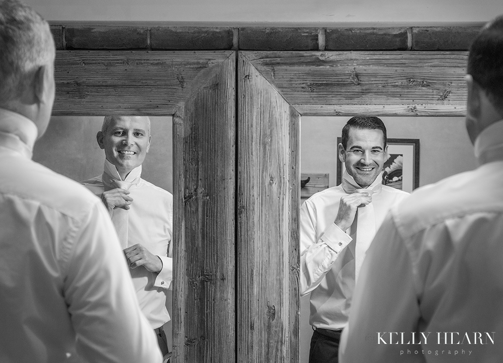 HAW_grooms-in-mirrors.jpg#asset:2558