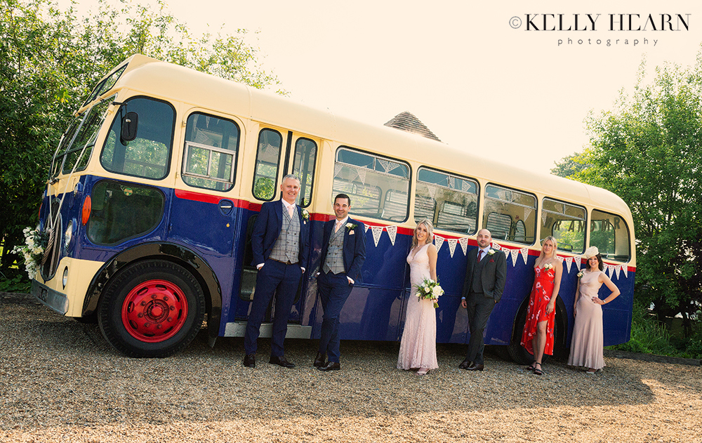 HAW_vintage-bus-grooms-and-friends.jpg#asset:2567