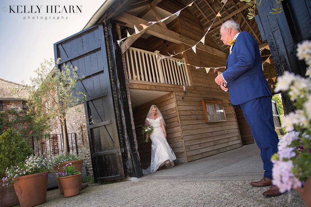 KEL_father-of-bride-seeing-bride.jpg#asset:2181