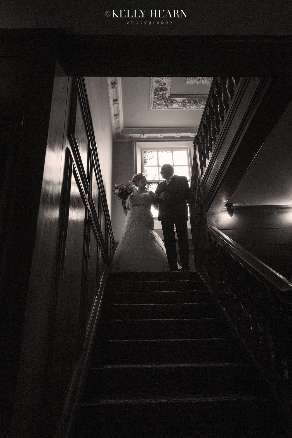 LEW_bride-and-father-stairs-black-and-white.jpg#asset:2770