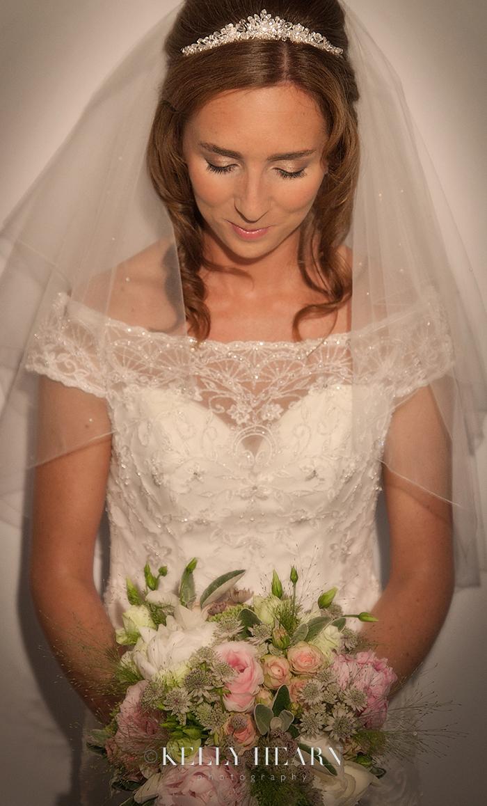 MUB_10-bride-bouquet.jpg#asset:1134