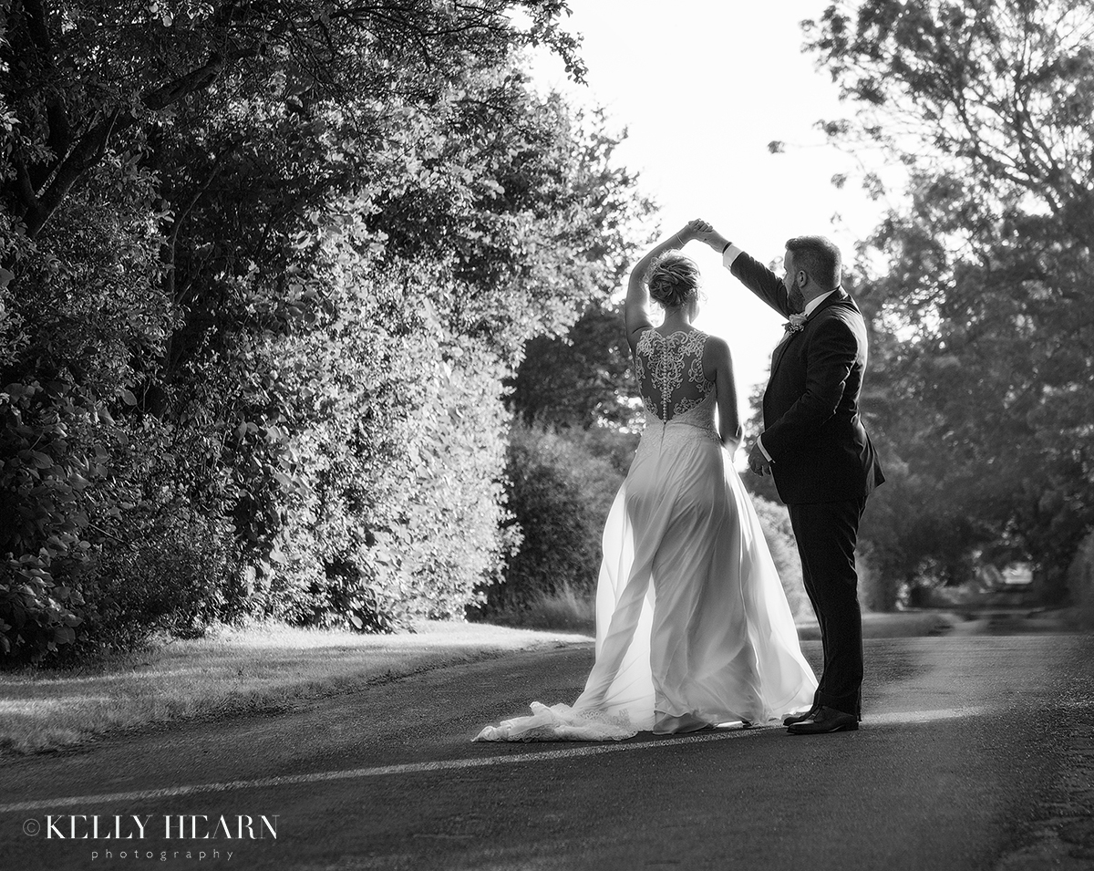 PAG_BnW-couple-dancing-outside.jpg#asset:2616