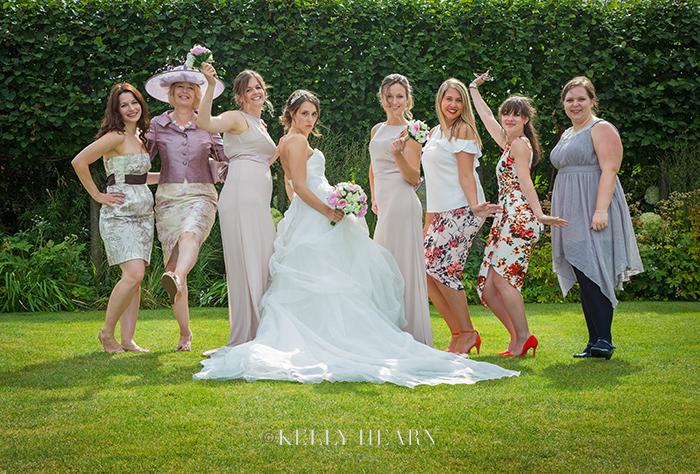 PRE_bride-girls-posing.jpg#asset:1220