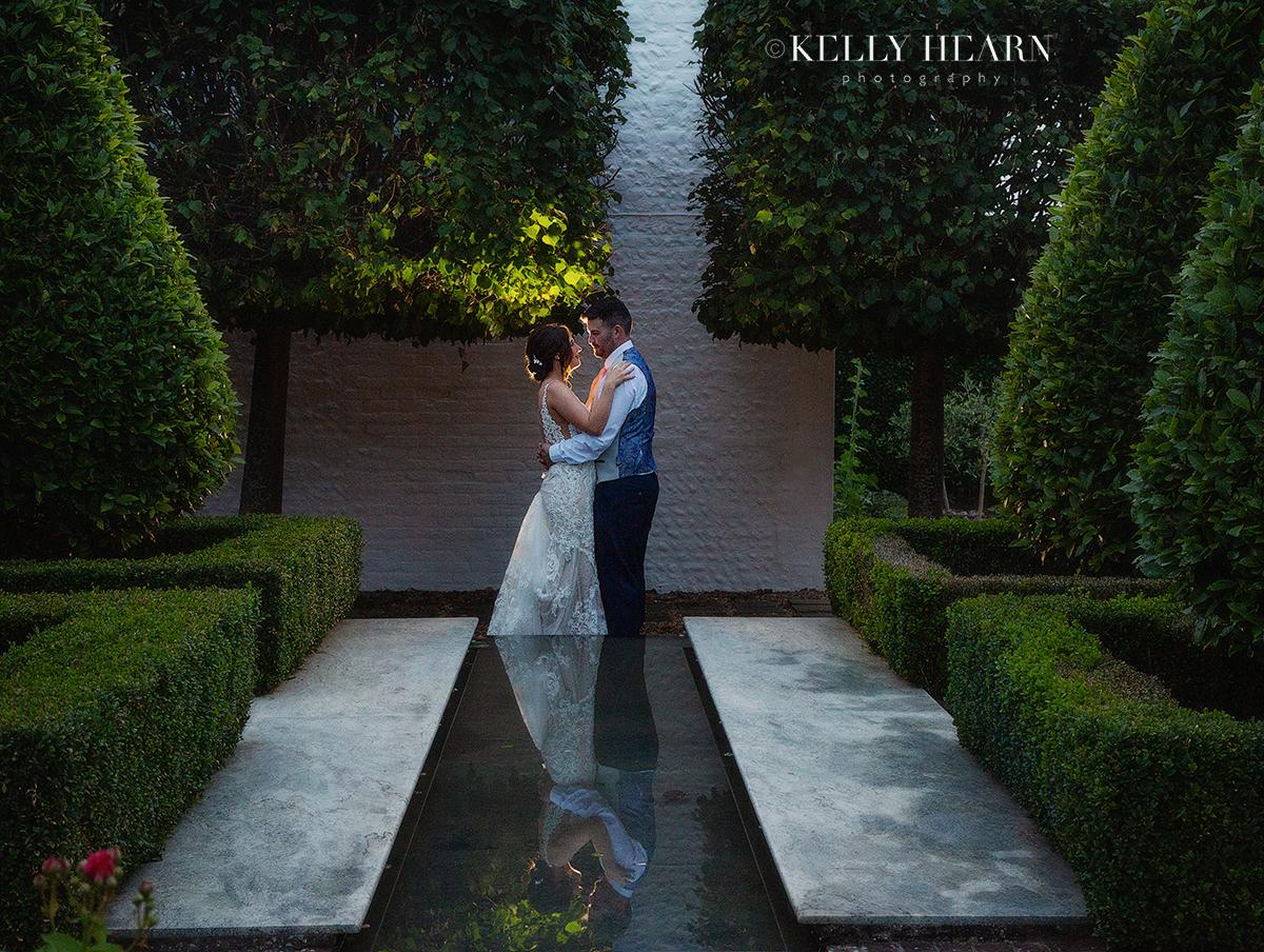 REE_bride-groom-couple-reflection-night.jpg#asset:3048