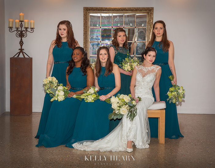 SMI_bride-with-bridesmaids.jpg#asset:144