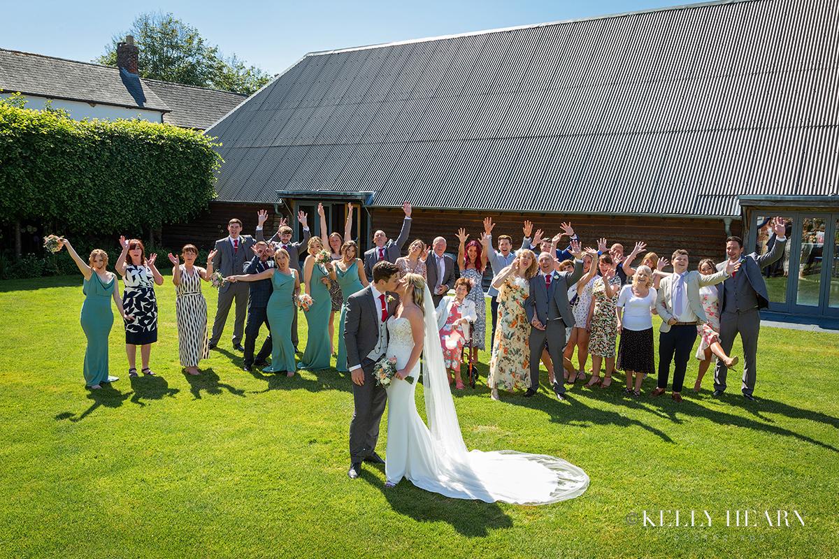 SOP_wedding-fun-group.jpg#asset:3035