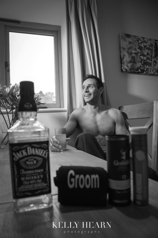 SPR_groom-whiskey-berocca.jpg#asset:2004