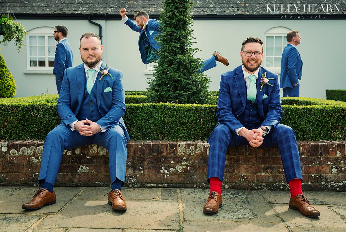 STAU_groomsmen-running-behind-tree.jpg#asset:2503