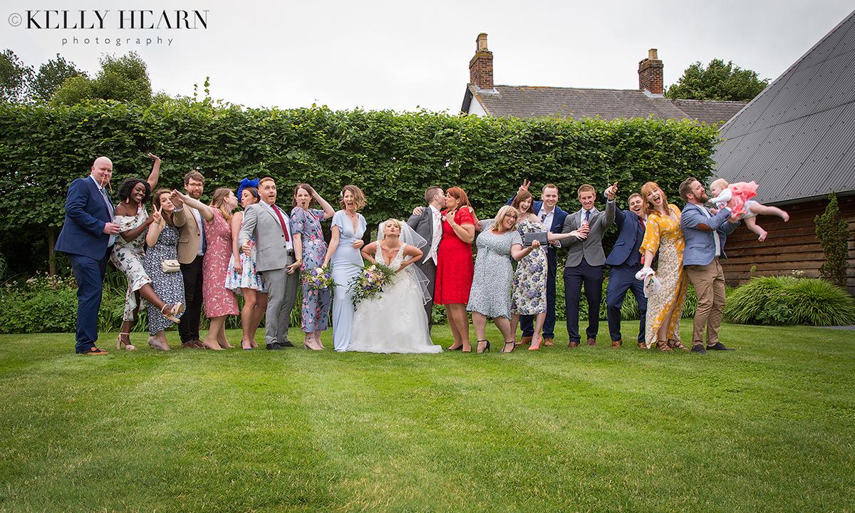 THO_wedding-party.jpg#asset:2102