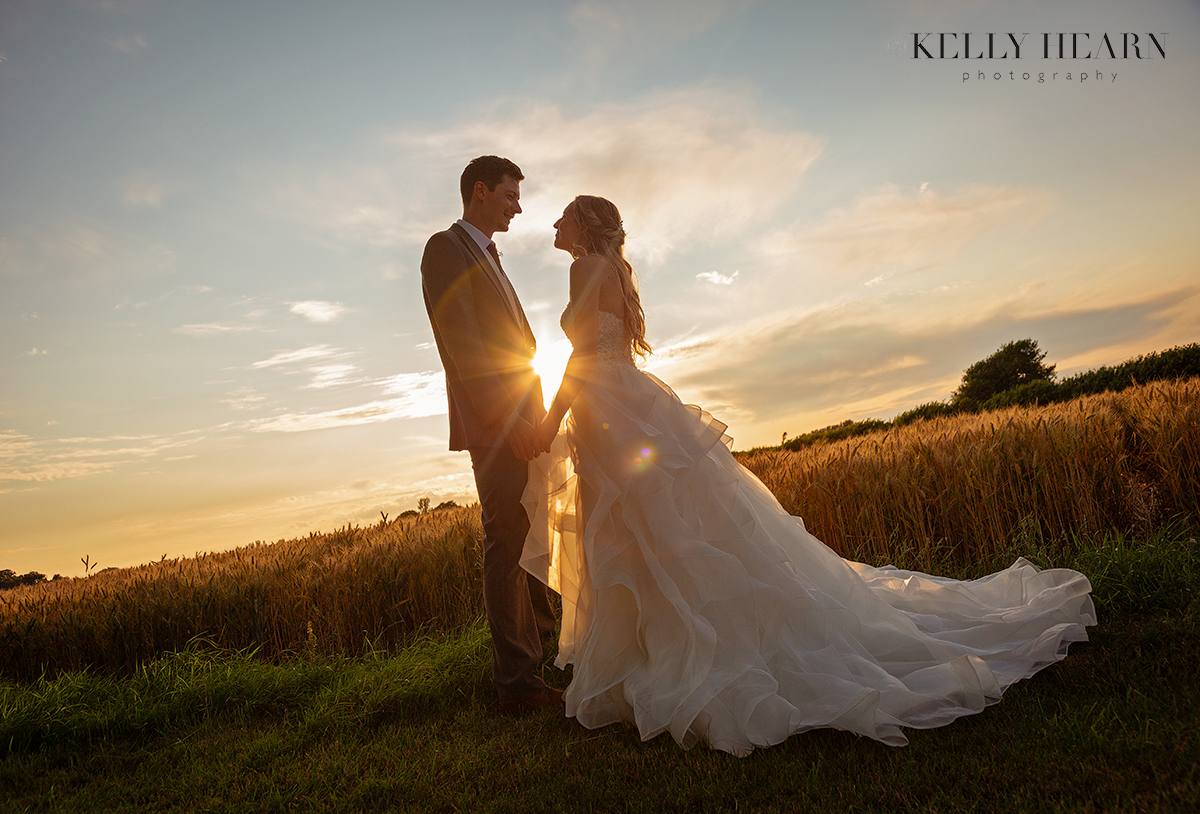 TYN_bride-groom-sunset-sky.jpg#asset:2640