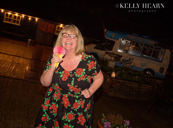 UPWN2NEve17_pinks-ice-cream-lady.jpg#ass