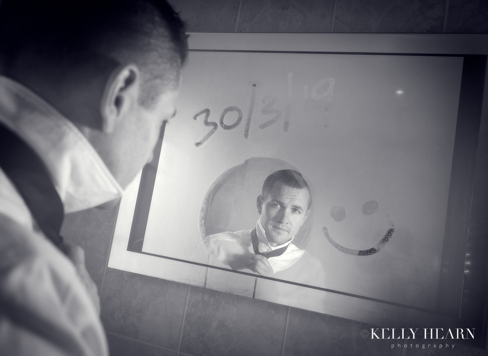 WALM_groom-in-mirror.jpg#asset:2481